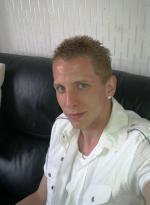 8jtt9's avatar.