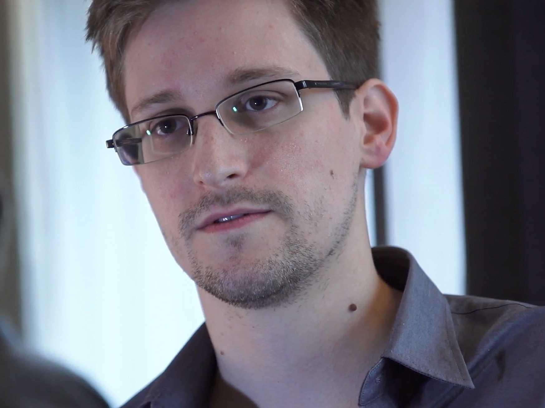 Edward Snowden has not done anything as bad or worse than the majority of crooks and thugs running our country.      <strong>Amirite?</strong>