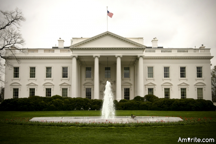 <b>Would you recommend a visit to Washington DC?</b> <em>What might one see...?</em>