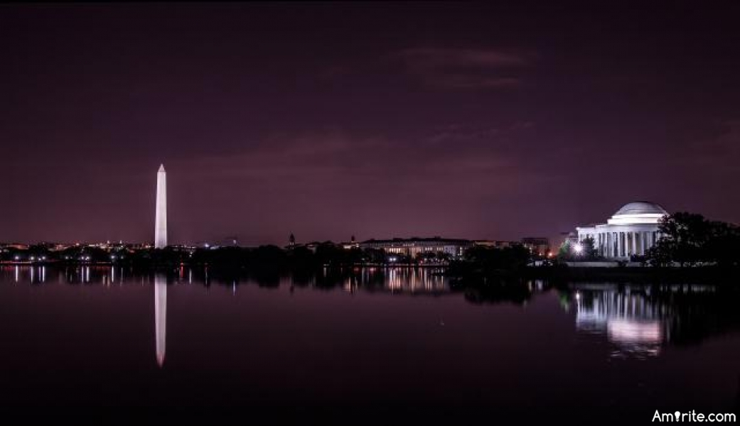 Cool places to visit in Washington DC during day time and night time ?