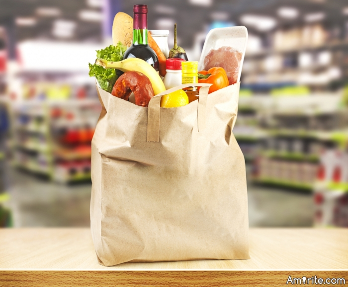 When you do the groceries shopping, do you take a list or you just go picking up stuff as you see it?