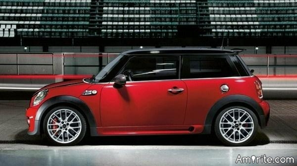 🚙 Would you drive a mini-cooper? Why do these cars get such a bad rap? 🚙