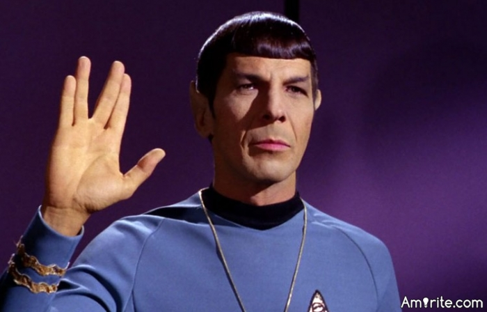 """Can you do the """"Live Long and Prosper"""" hand sign from Star Trek?"""