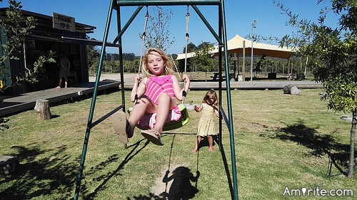 <b>Please make sentences of what &#34;Life is Like:.....&#34;</b> <em>Life is like a Swing. Sometimes we all need a push.</em>