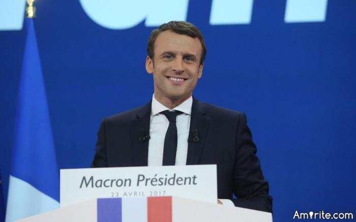 <b>Who is cuter...Emmanuel Macron, France's newest youngest president (39) or Canada's Justin Trudeau...</b> <em>C'mon...lighten up folks...</em>