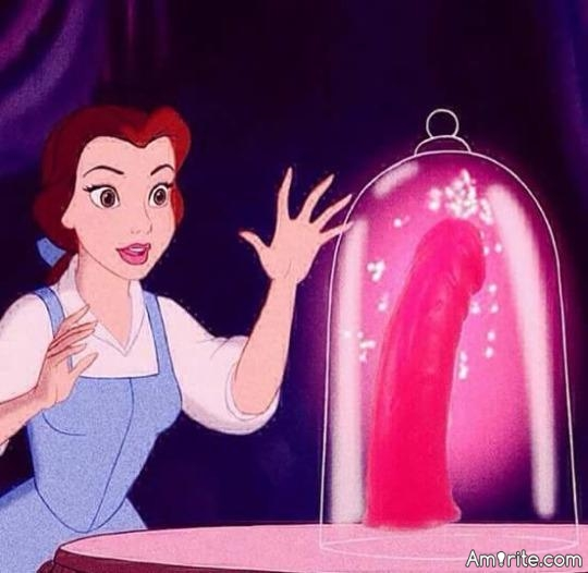 💋 Is it just me or is there a lot of adult-themed imagery hidden within children's movies these days? 💋