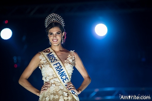 <b>You've won the beauty pageant for your country.</b> <em>What would <b>your</b> speech be about...</em>