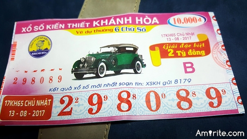 <b>If a close member of your family won a good lotto...do you think they'd give you any money?</b>