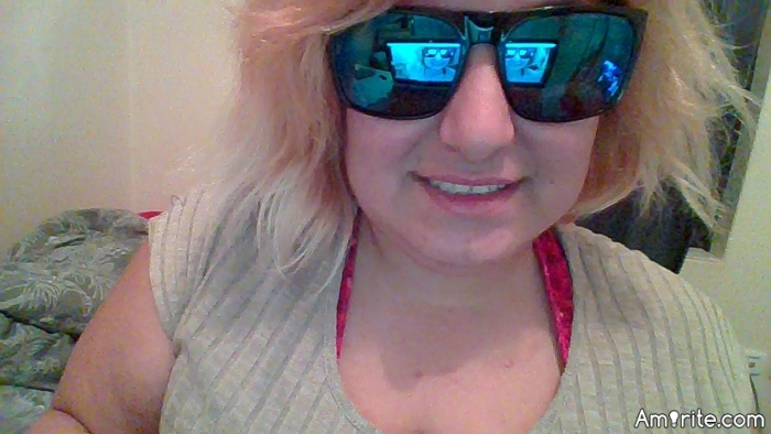 The sunglasses I'm wearing in my profile pictures was left behind by one of a carpenter, yesterday and I am playing around with them...what do you think?