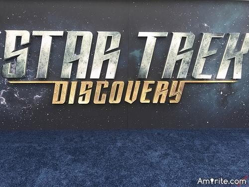 <b>No one on Star Trek ever said: I'll google it.</b>