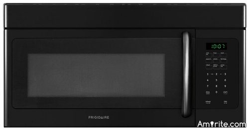 Should a chef's kitchen have a microwave?