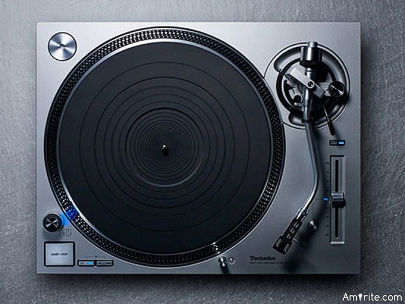 Do you still listen to vinyl records?