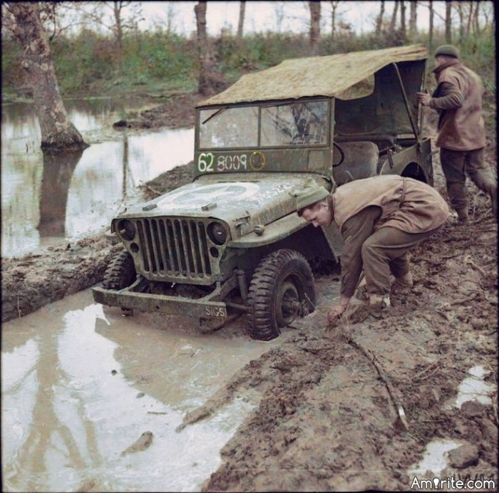 Whose Jeep Is Stuck ?    <b>*    During training exercises, the lieutenant who was driving down a muddy back road encountered another car stuck in the mud with a red-faced colonel at the wheel. &#34;Your jeep stuck, sir?&#34; asked the lieutenant as he pulled alongside. &#34;Nope,&#34; replied the colonel, coming over and handing him the keys, &#34;Yours is.&#34;    </b>*     Link: http://www.swapmeetdave.com/Humor/MilJoke.htm