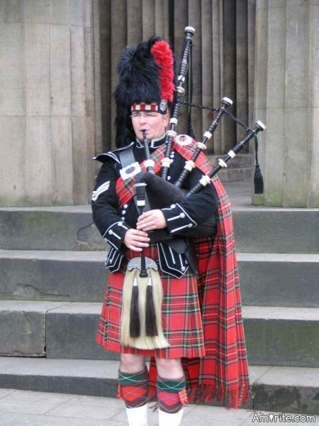 You like Bagpipes? Post a tune that has them in it.