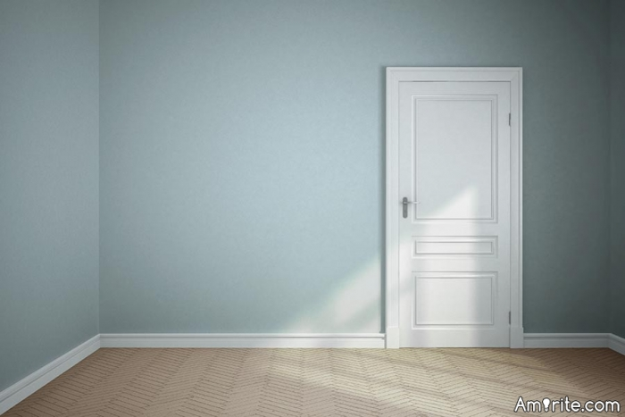 Painting your baseboards the same color as your walls is daring.